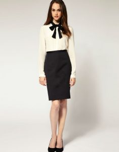 Классическая юбка карандаш черная