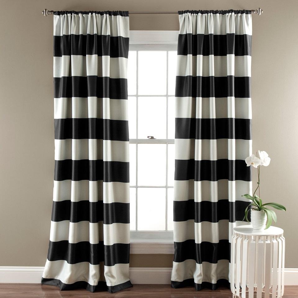 шторы с широкими горизонтальными полосами