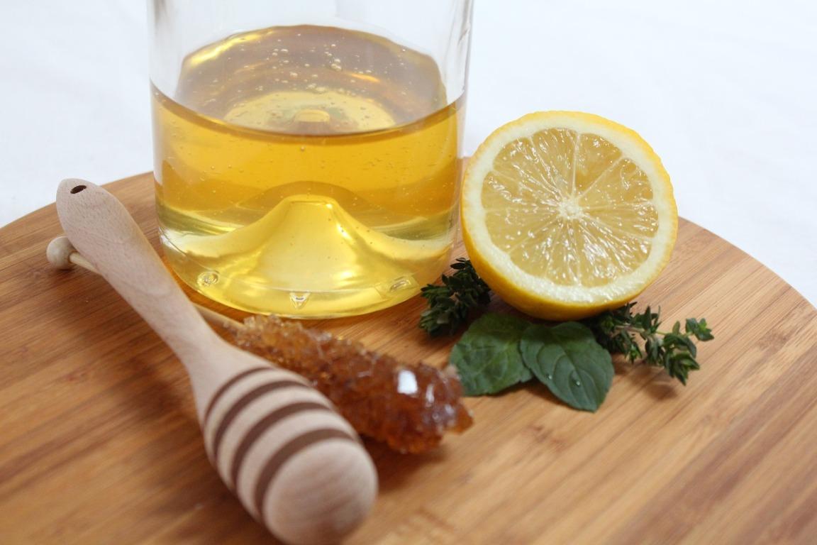 лечение молочницы мед и лимон