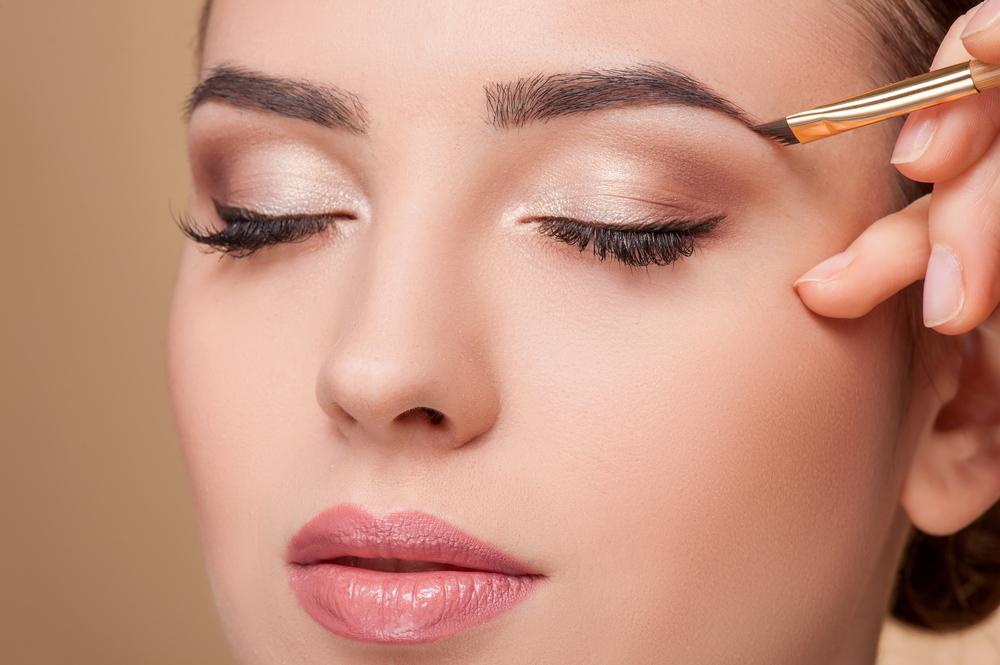 Красивый вечерний макияж глаз 2019-2020: фото уроки, особенности макияжа под цвет глаз
