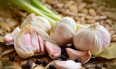 Чеснок – польза и вред, лечение чесноком, как избавиться от запаха?