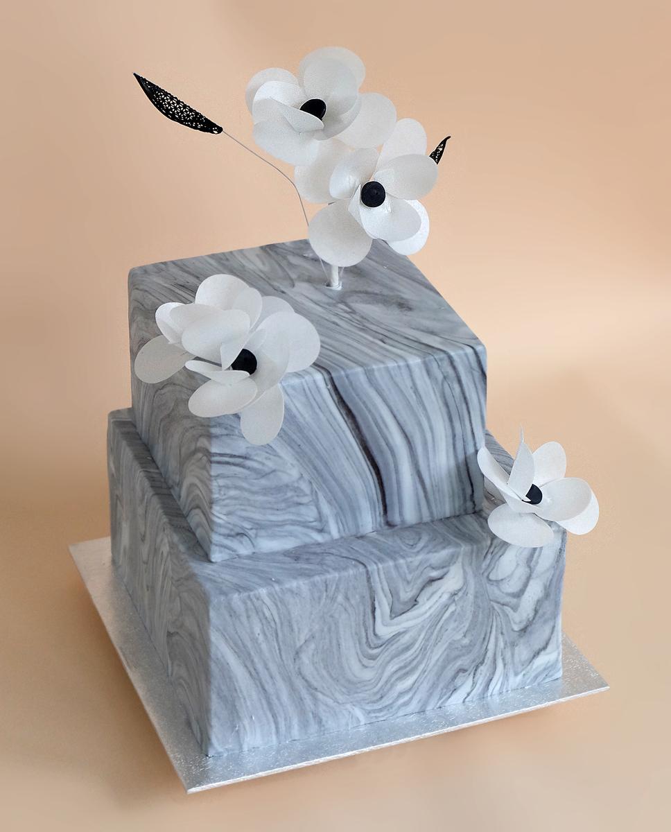 Мраморный свадебный торт
