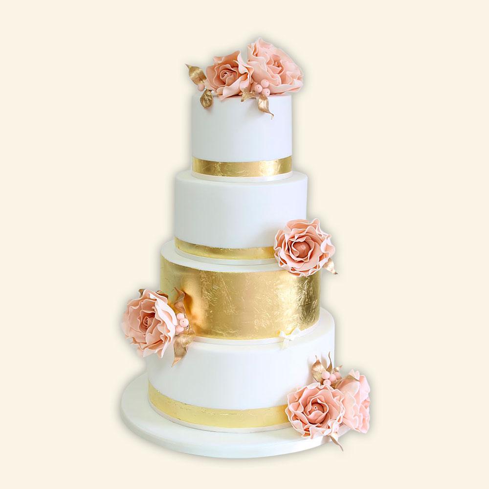 Свадебный торт с позолотой