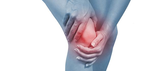 Болит под коленом сзади и тянет: чем лечить, причины. боль при сгибании, разгибании, ходьбе, народные средства