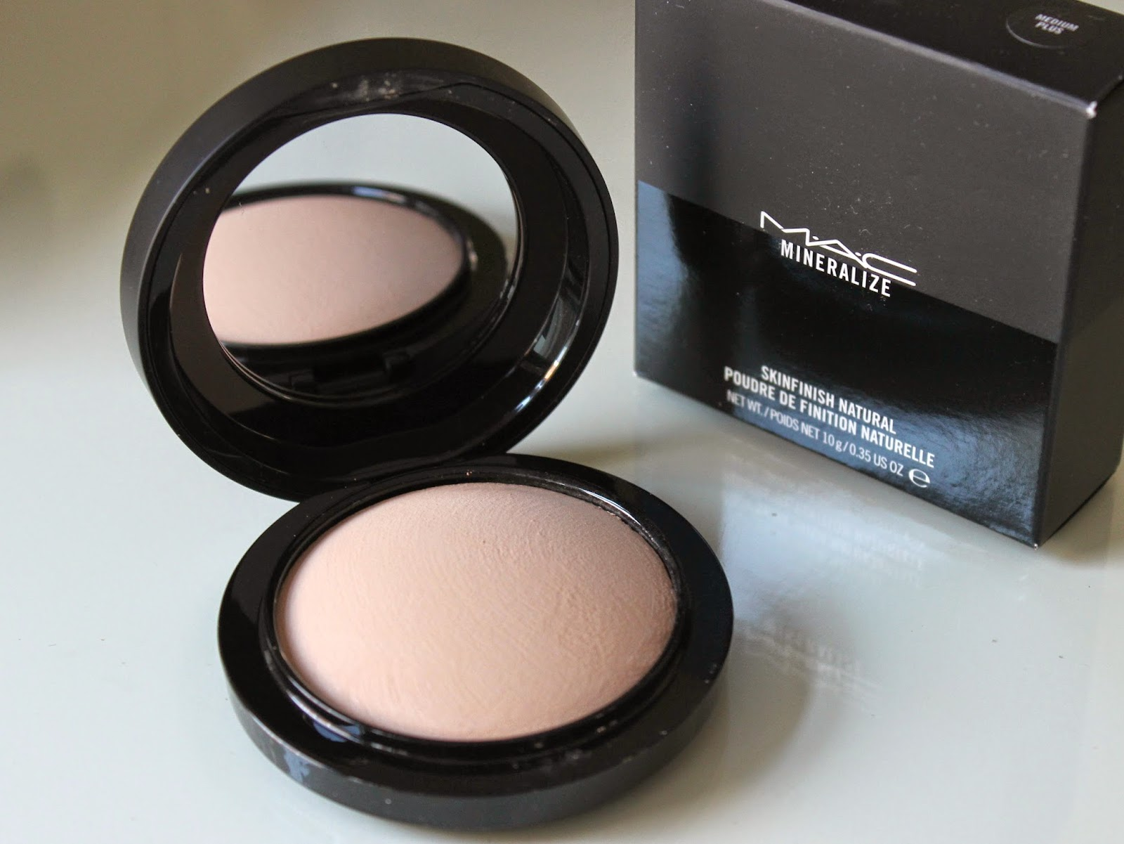 M.A.C Mineralize Skin Finish Natural