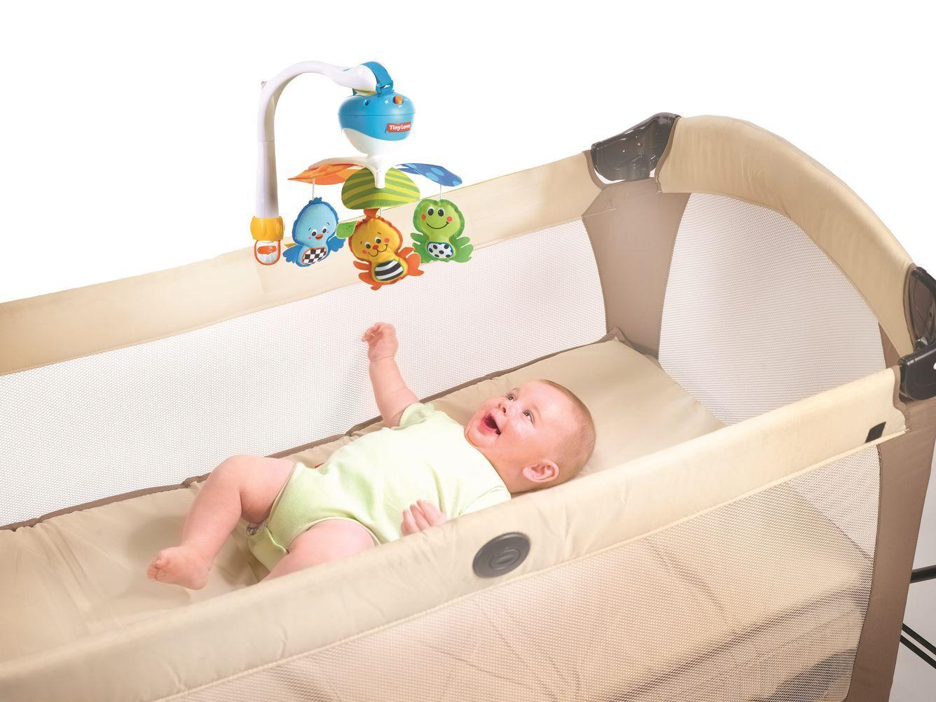 Мобиль на кроватку малыша