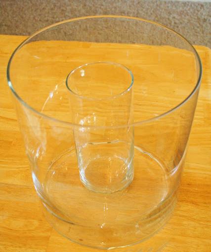Емкость и стакан