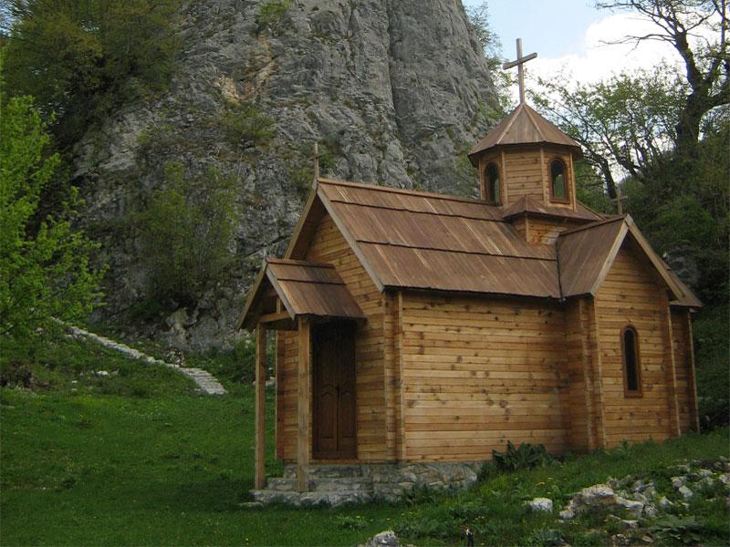 dostoprimechatelnosti-chernogorii-arhitekturnye-kulturnye-i-prirodnye2019-02-12