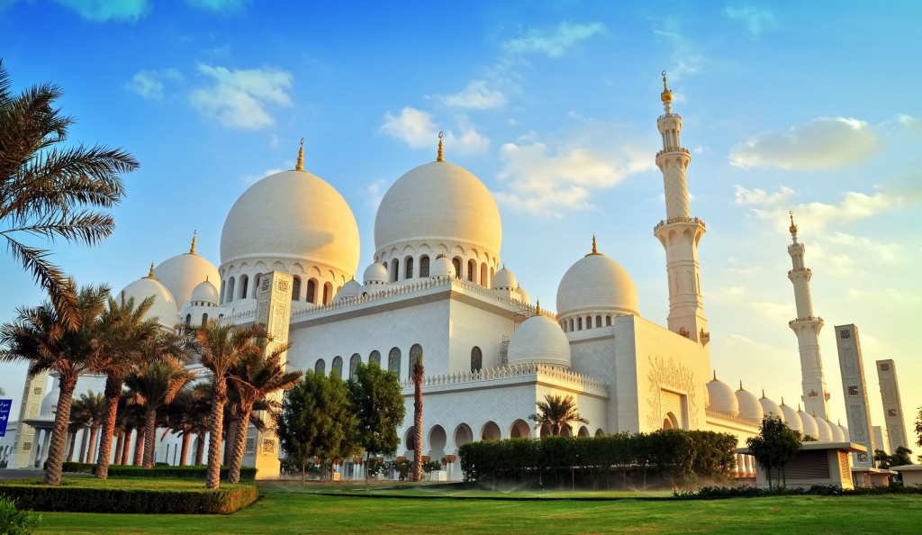 obedinennye-arabskie-emiraty-rukotvornye-chudesa-v-pustyne2019-02-12