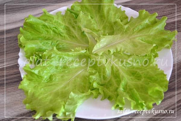 salat-tsezar-s-krevetkami-novye-grani-klassicheskogo-blyuda2019-02-12