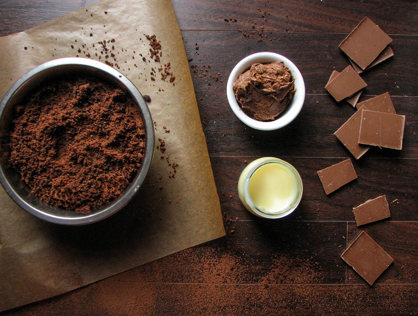 shokoladnyy-tort-so-smetannym-kremom-udovolstvie-v-kazhdom-kusochke2019-02-12